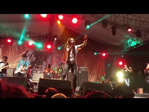 Julian Marley Ngomong Bahasa Indonesia.. ' Jakarta Peace Concert