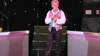 Freddie Starr singing Running Bear LIVE