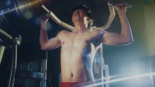 田中圭、鍛え抜かれた肉体美を披露!トレーニングに励む姿にうっとり 2019ボートレース新CMシリーズ『姫たちだってLet's BOAT RACE』第1話~第3話&メイキング映像