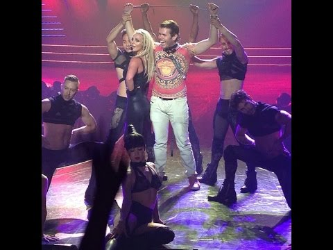 Britney Spears Makes Perez Hilton Her Slave During Vegas Show!