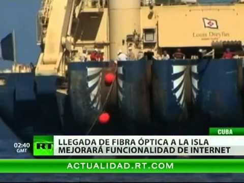 Un cable submarino llega a Cuba para ampliar el acceso a Internet