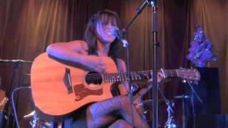 Greta of The Moxy acoustic