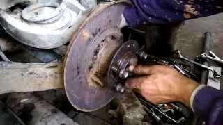 How to Replace and Install a rear Wheel Bearing BMW e46 Home tools
