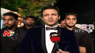 vivek-oberoi-calls-pawan-kalyan-as-pawan-annaiifa-awards-2016-hyderabadntv-exclusive