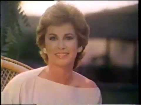 Stefanie Powers 1983 Cover Girl Moisture Wear Makeup ...