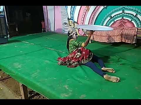 Utakpura ,Kannauj,u.p. Me Rasleela Me Dholak Par Kuldeep Singh Ka Kamal..(2)