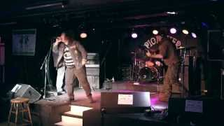 Radial Velocity: Live @ The Pioneer (Le Pionnier)