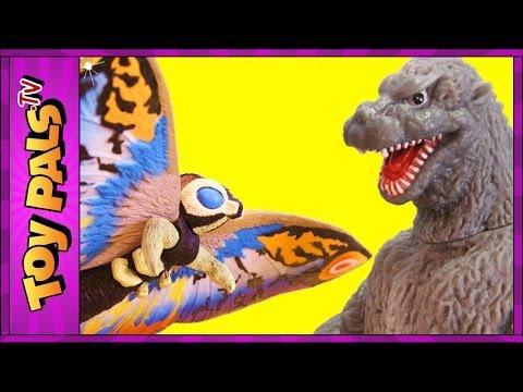 GODZILLA vs MOTHRA Toys | EPIC Fight Scene With Eggs, Mothra Larva Toy Reviews Videos