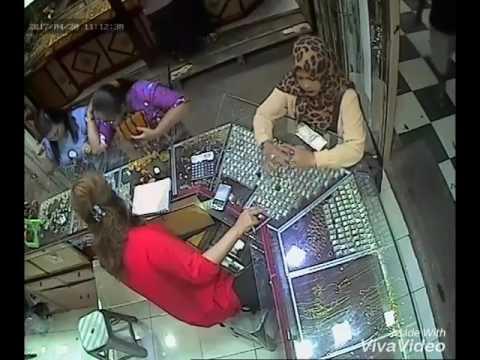 Pencurian perhiasan di TOKO MAS MEDAN