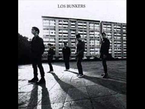12 - La Era Esta Pariendo Un Corazon - Los Bunkers [Musica Libre]
