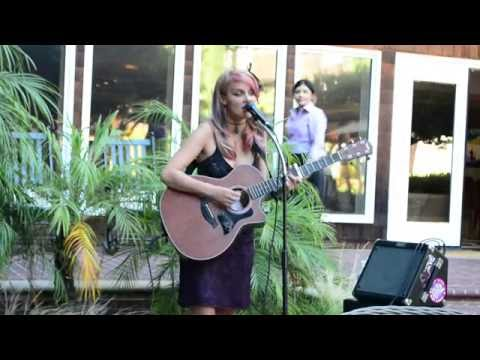 Lily Holbrook at the Stanford Park Hotel 07.23.16