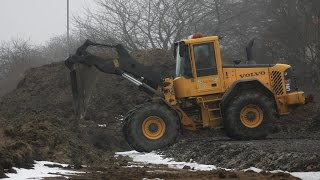 L70E Volvo And Ljungby L15 Wheel Loader At Work