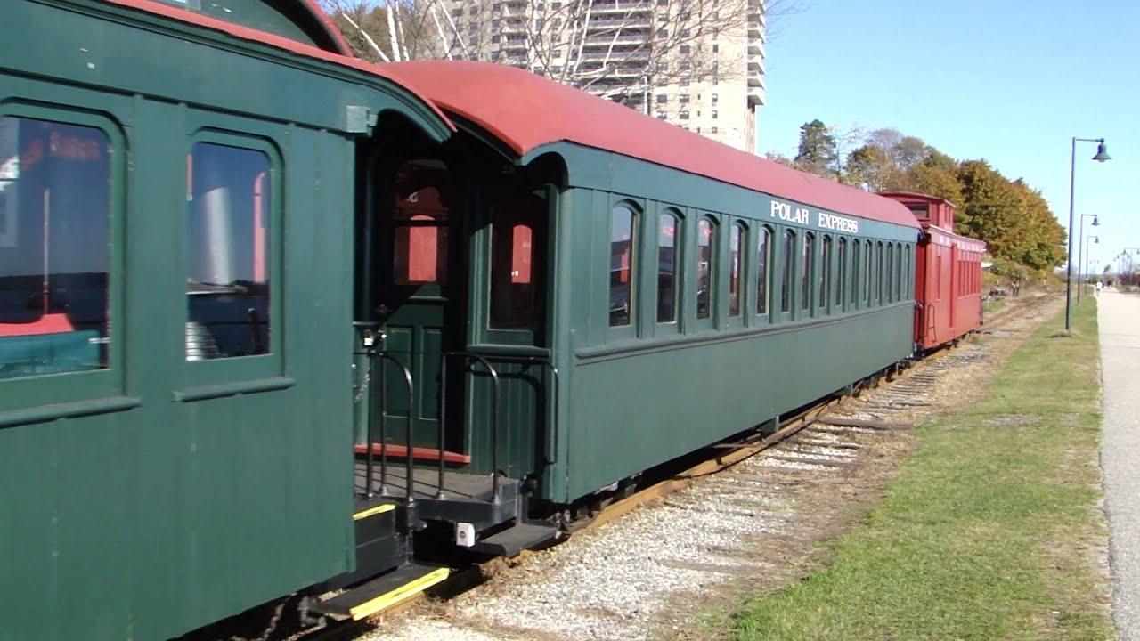 Maine Narrow Gauge Railway's Polar Express, Portland - YouTube