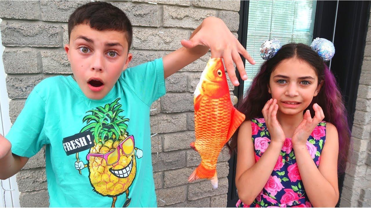 Heidi y Zidane aprenden a pescar con los dedos
