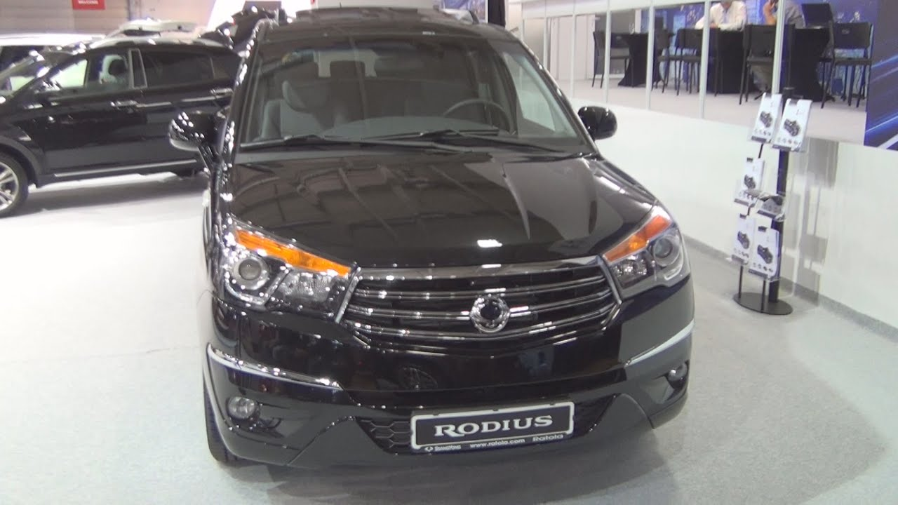 Ssangyong rodius 4wd power 2016 exterior and interior in for Ssangyong rodius interior