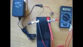 Зарядка акумулятора . Battery charging .