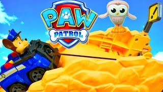 Paw Patrol Roll Patrol Chase saves Baby Owl Hootie Off Road Rescue Playset in Adventure Bay