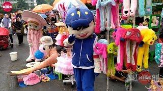 Download lagu Badut Lucu Masha BoboiBoy & Doraemon Kostum Pocong Pink Remix Entah Apa Lala Bom Bom Song