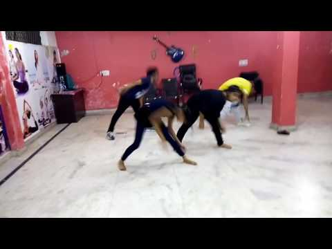 jcf dance academy  dance on nashe si chad gayi
