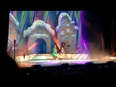 Lindsey Stirling Performing Warmer In The Winter - St. Augustine Ampitheater 11/25/2017