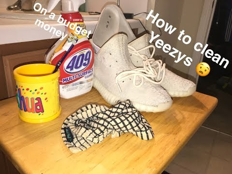 HOW TO CLEAN YEEZY WITH HOUSEHOLD ITEMS!!
