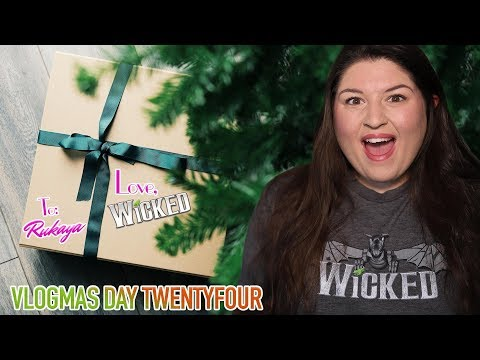 WICKED The Musical Sent Me Christmas Gifts!!! 🎁 VLOGMAS