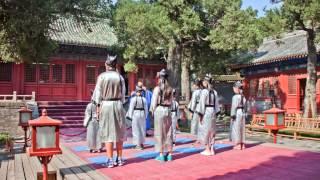 Пекин, Храм Конфуция.Temple of Confucius, Beijing.(Храм древнейшего китайского философа и мыслителя Конфуция расположен в самом центре Пекина, недалеко от..., 2014-11-07T19:55:06.000Z)