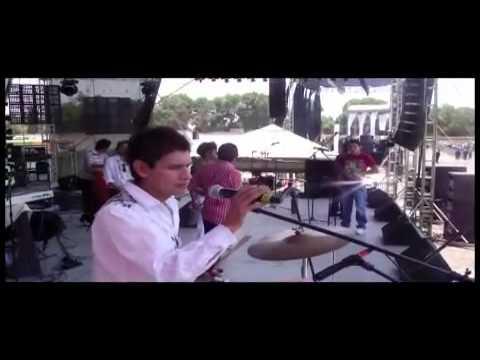 Grupo X - La Reyna De Mi Vida  Aniversario Stereo MAX 2011