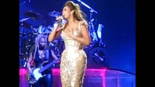 Beyoncé - Dangerously in Love/Sweet Love Medley