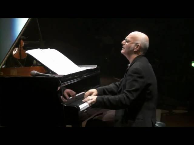 "Ludovico Einaudi - ""Divenire"" - Live @ Royal Albert Hall London"