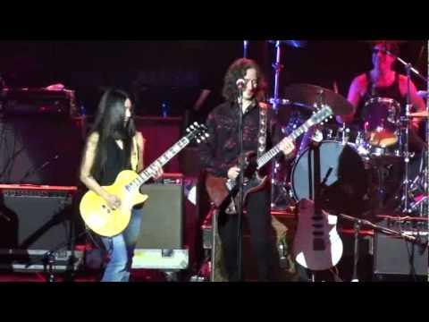 Desiree' on the Boston Legends Tour 2011