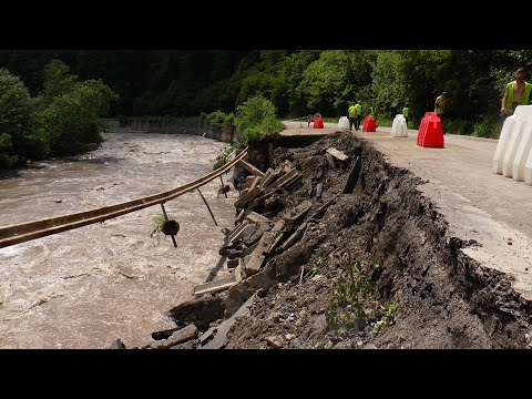 Паводкова хвиля: від негоди підтопило близько 500 дворогосподарств на Рахівщині