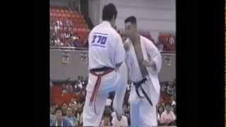極真空手 KO 組手動画 http://karateman.jp/index.html.
