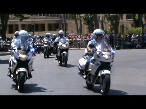 D fil gendarmerie motard aix en provence 2009 youtube for Garage bmw moto aix en provence