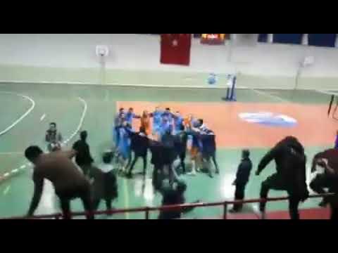 Şampiyon GEZLEVİSPOR