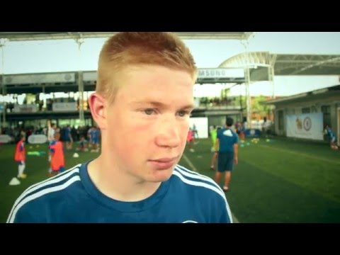 Rare Kevin De Bruyne interview in a Chelsea shirt... talks Mourinho and more.