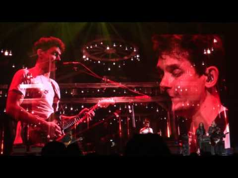 John Mayer - Slow Dancing In A Burning Room LIVE Montreal