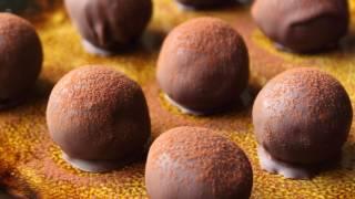 Rum Balls Recipe - Christmas Cookie Special! Chocolate Rum Balls