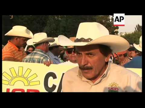 Caravan of farmers arrives in capital to bring attention to severe drought