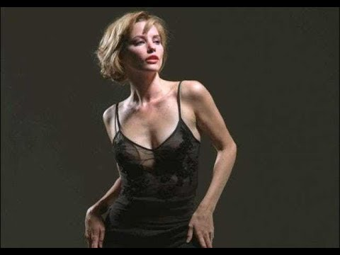 Sienna Guillory Nude Photos 20