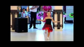 cute gir dance Mere Rashke Qamar Remix  2016 by