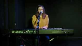 Gabrielle Aplin - Video Games (Lana Del Rey) - at The Cellars, Portsmouth on 01/03/2012