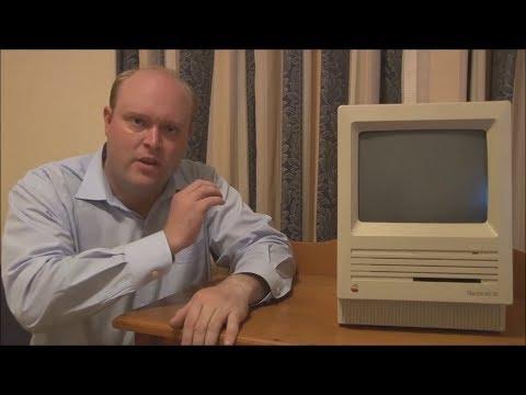 Apple Macintosh SE (1987) Full Tour, Start Up and Demonstration