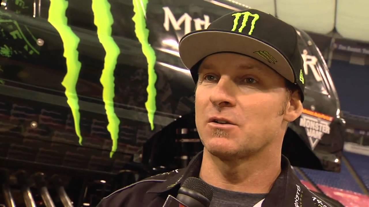 Monster Jam Monster Energy Monster Truck Driver Damon Bradshaw In Minneapolis Youtube