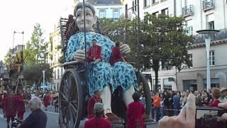 La grand mère spectacle Royal de Luxe 2014