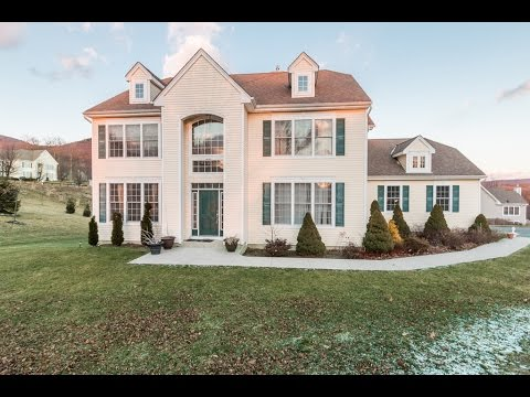 Real Estate Video Tour | 3 Caledonia Circle, Highland Mills, NY 10930 | Orange County, NY