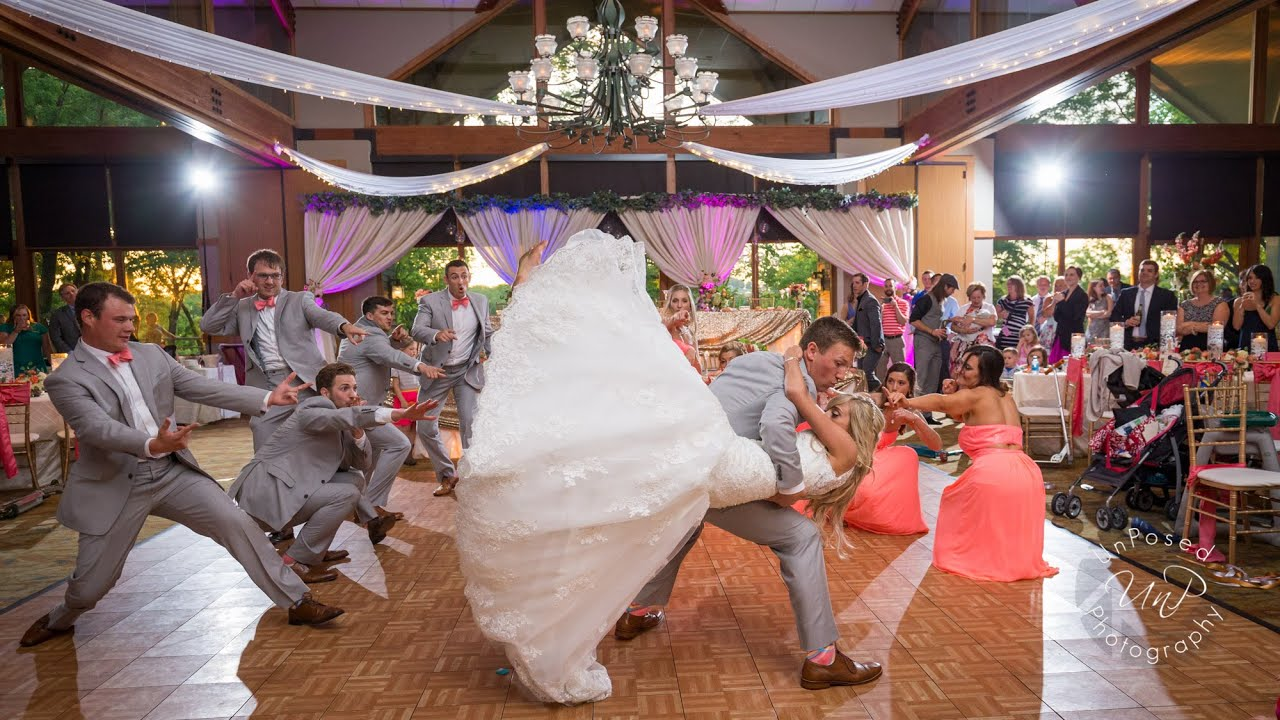 AWESOME BRIDAL PARTY DANCE