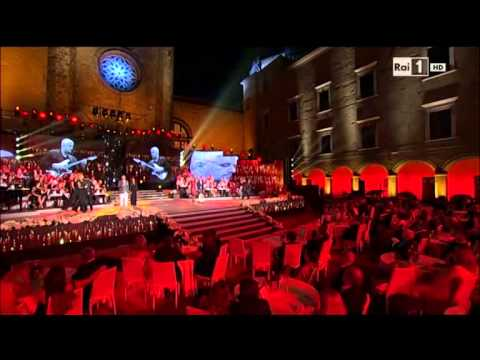 Napul'è omaggio a Pino Daniele (Napoli Prima e dopo 2015 Raiuno)