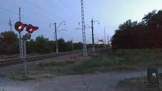Кездесу электрлі ЭД9М және электровоз ЭП20 - 050