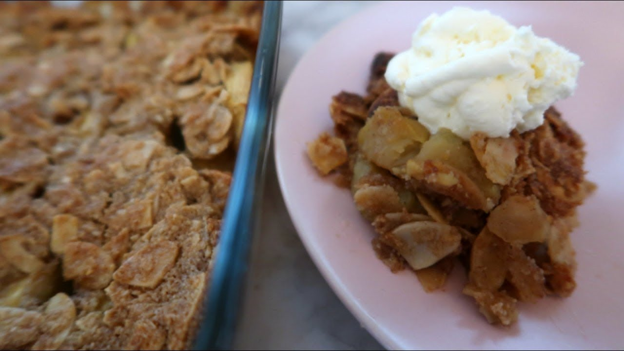 gluten free apple crumble with ground almonds